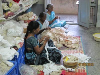 Donne che lavorano il tessile in Bangladesh